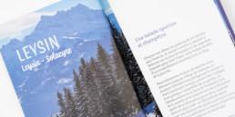 Page d'introduction, chapitre, région Leysin Vaud. Balade en raquette. Mise en page du guide.